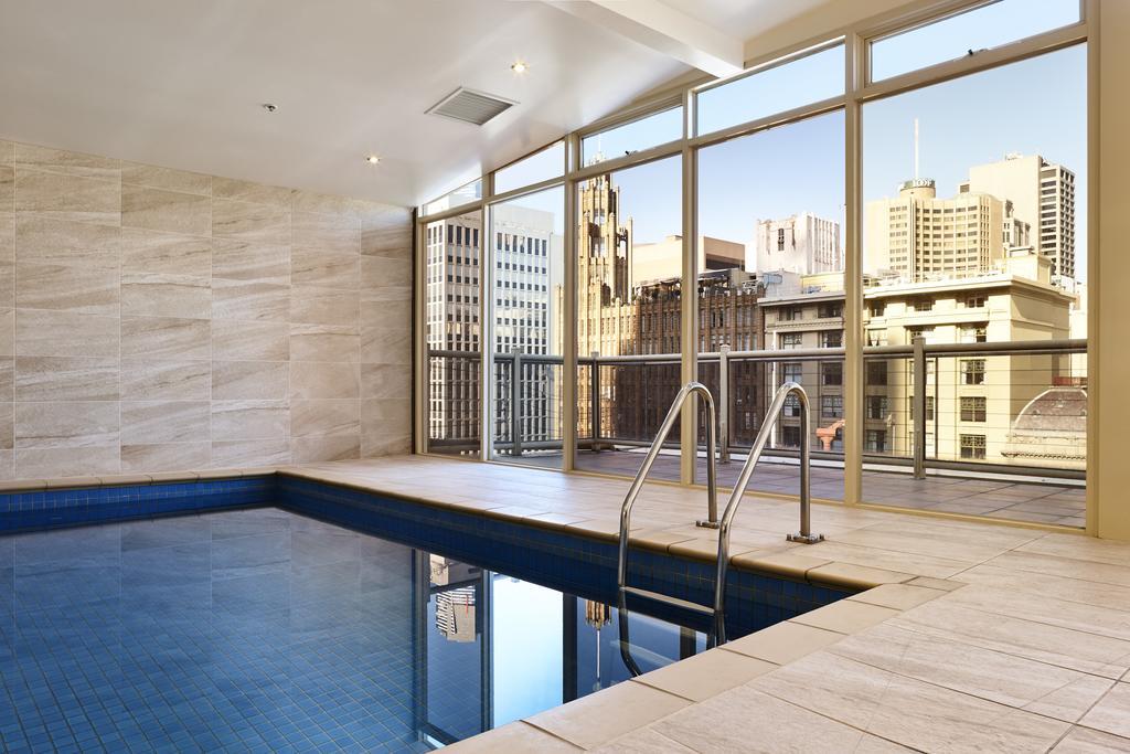 Victoria Hotel Pool